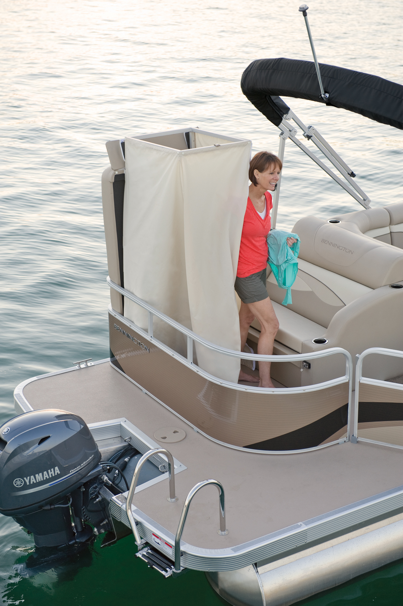 Gs Fish Pontoon Boat With Bathroom Avalon Models Luxury. pontoon boats with bathrooms   Bathroom Design Ideas