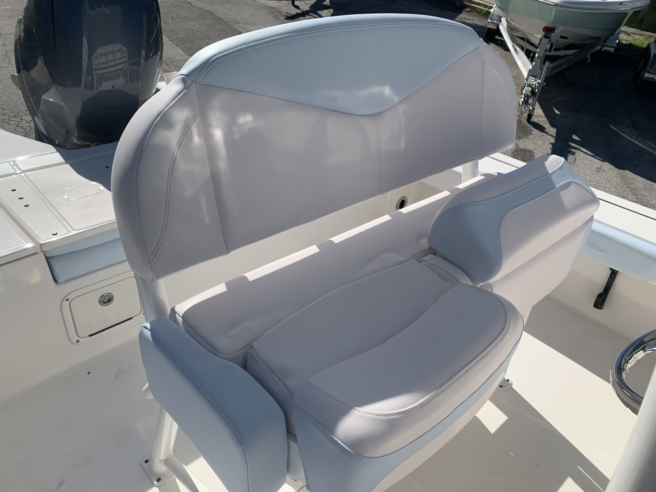 A 226 Cayman Bay Boat is a Power and could be classed as a Bay Boat, Center Console, Fish and Ski, Flats Boat, Freshwater Fishing, High Performance, Saltwater Fishing, Runabout,  or, just an overall Great Boat!